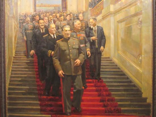 Культ личности осудили уже через пять дней после смерти Сталина