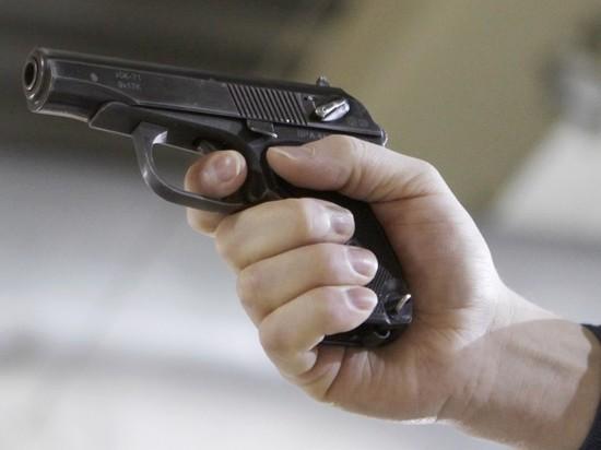 СМИ: под Брянском мужчина расстрелял жену на глазах у школьников