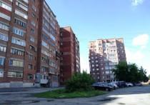 «В нескольких десятках метров от дома на территории бывшего ботанического сада производится строительство жилого микрорайона, - рассказал председатель дома Ильгизар Ягфаров