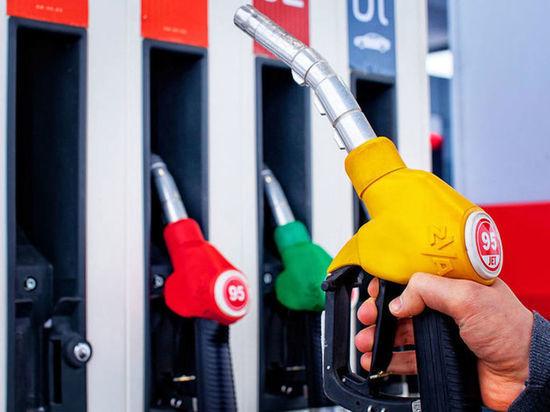 Бензин и дизельное топливо снова подорожали в Забайкалье