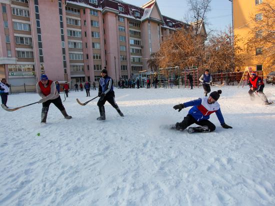 Духовная составляющая: в Иркутске развивают хоккей на валенках