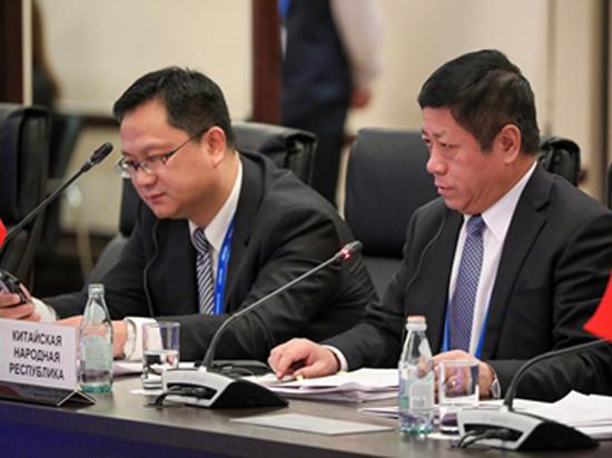 Посол Китая охарактеризовал отношения с Россией с помощью двери