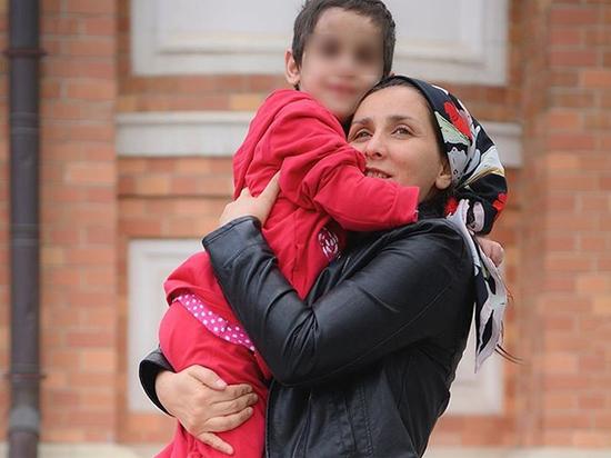 Изувеченную девочку из Ингушетии выписали из больницы в Москве