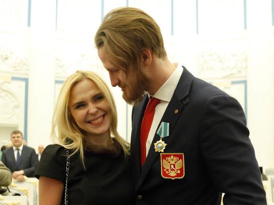 СМИ узнали о расставании Пелагеи и Телегина