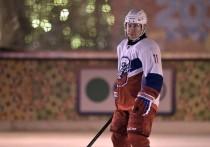 Губернаторы проиграли Путину в хоккей на Красной площади