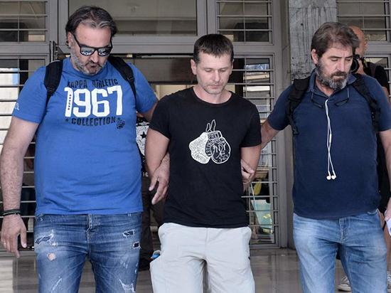 Задержанный в Греции россиянин Винник просит позаботиться о его семье