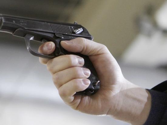 Водителя застрелили на МКАД в собственной машине из его же пистолета