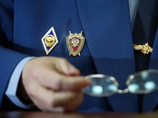 В Ивановской области муж пытался убить жену стеклянной вазой