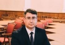 Барнаульский чиновник Юрий Еремеев требует от мэрии вернуть деньги за ремонт в служебной квартире