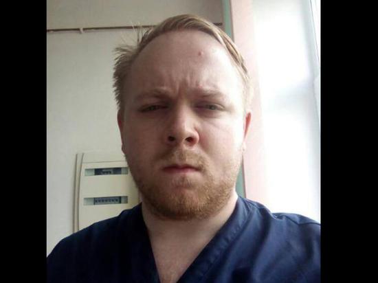Музыкант группы «Мертвый месяц» упал под поезд на станции «Китай-город»