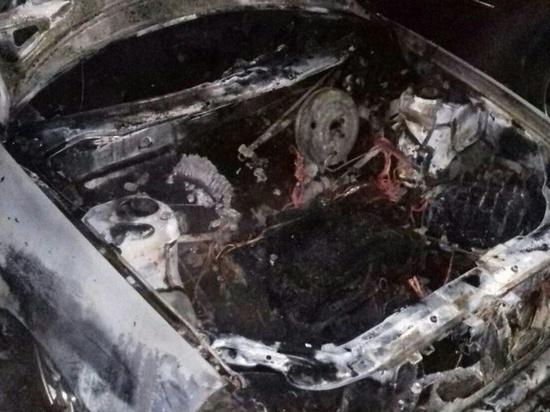 Очередной автомобиль полыхнул в Иванове