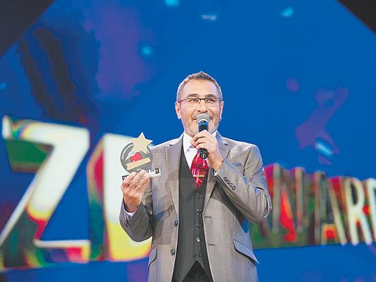 Бузова, Билан, Гагарина: у музыкальной премии ZD Awards появился цвет