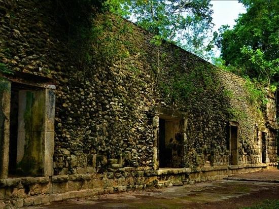 Ученые нашли в Мексике огромный дворец майя