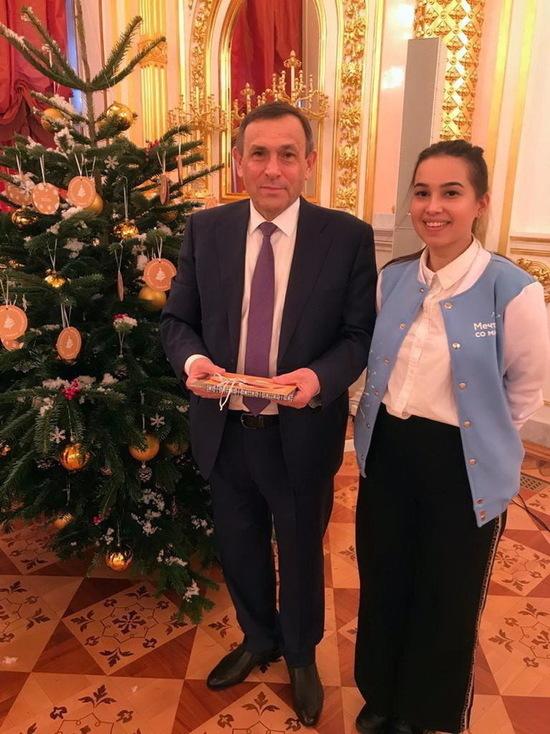 Благотворительная новогодняя акция «Елка желаний», которую инициировал Президент России Владимир Путин, уже стала доброй традицией России.