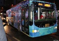 Как сообщили в городской администрации, пассажирский транспорт будет работать 30 и 31 декабря по графику буднего дня