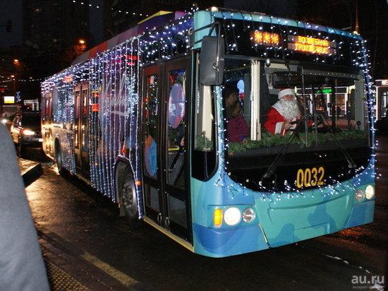 Стало известно расписание кемеровского общественного транспорта в новогоднюю ночь