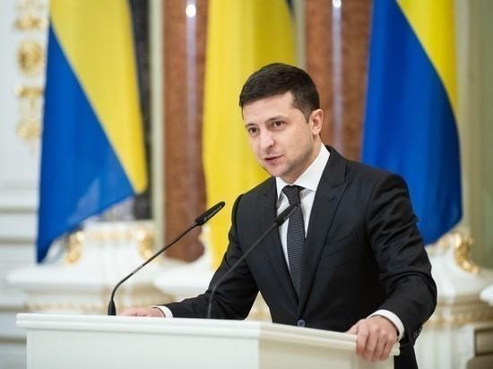 Зеленский запретил России присылать наблюдателей на украинские выборы