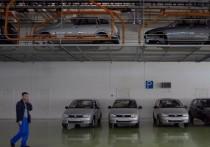 Британский телеведущий Джеймс Мэй, бывший участник шоу Top Gear, сопоставил российские и японские автомобили, основываясь на своих впечатлениях от туалетов на заводах производителей