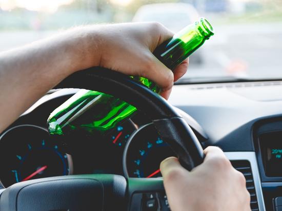 ГИБДД Петербурга и области назвала даты рейдов на нетрезвых водителей