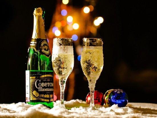 Среднестатистический ивановец выпьет за новогодние праздники менее двух бокалов шампанского