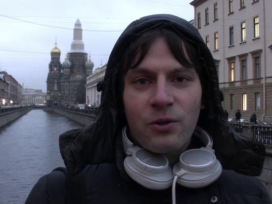 ЛГБТ-активист получил 20 часов исправительных работ за пикет на Дворцовой