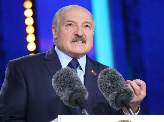 Лукашенко остановил переговоры с Россией и поручил начать альтернативные поставки нефти