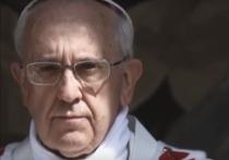 Папа Римский во время новогоднего общения ударил женщину по рукам