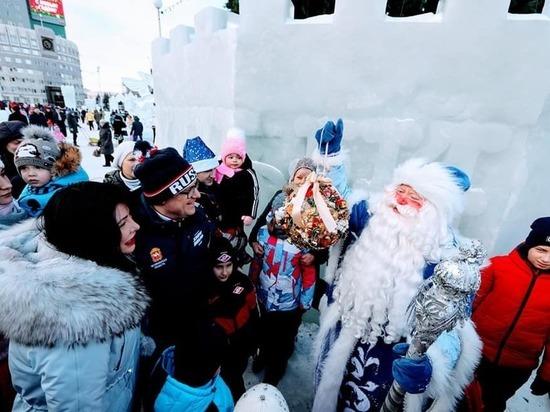 Алексей Текслер посетил ледовый городок в Челябинске