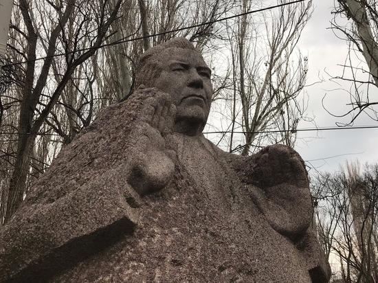 Код Довженко: помнят ли в Феодосии сегодня легендарного доктора