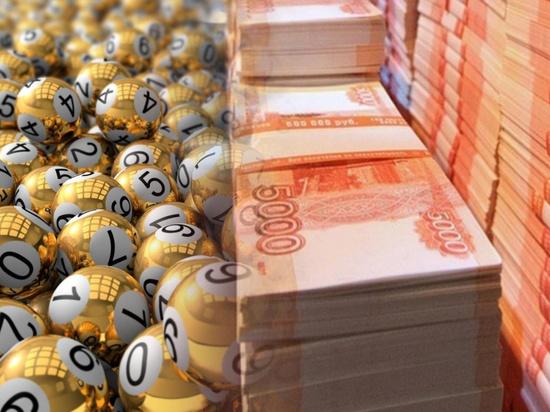 Семеро петербуржцев выиграли в лотерею по миллиону рублей