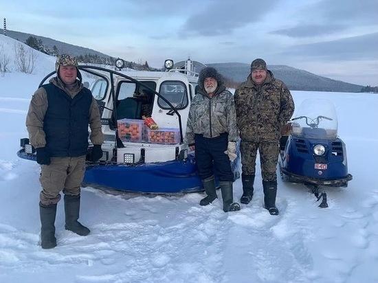 Пятерых рыбаков спас мэр Усть-Кута