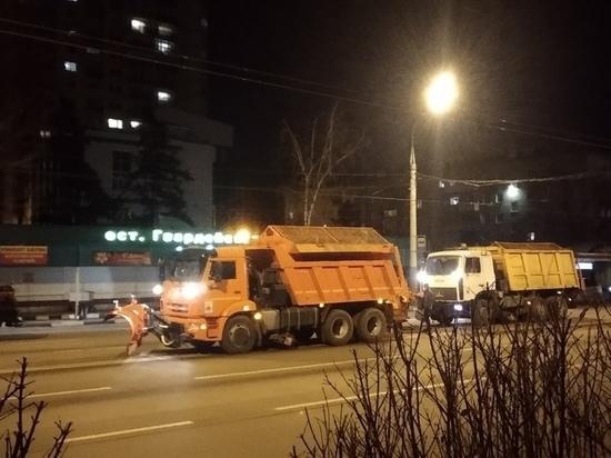 В мэрии Воронежа объяснили уборку снега в бесснежную погоду