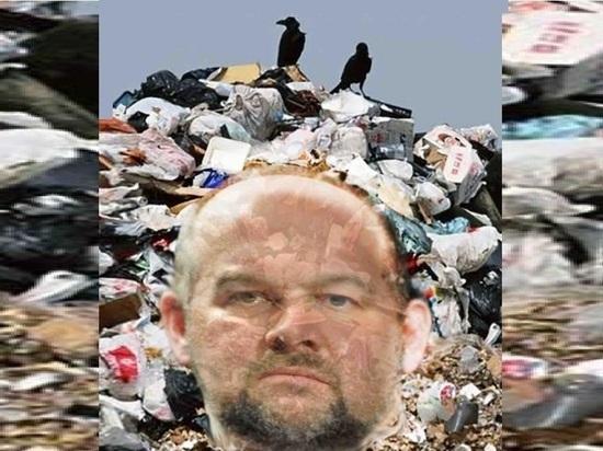 Помойный коллапс в Шенкурске: мусорный оператор продолжает саботировать регион