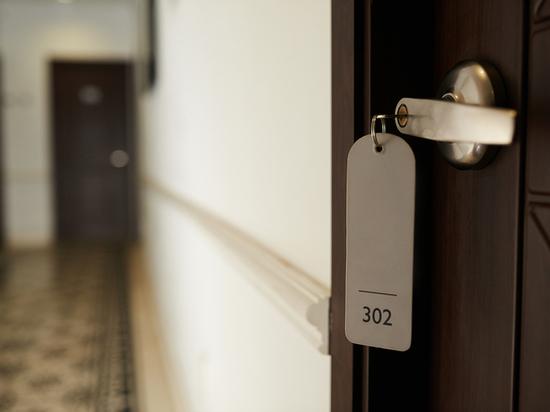 В Петербурге за три месяца закрылось почти 400 отелей