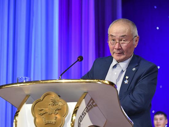 Звания «Герой труда» в Туве удостоены электрик   и строитель