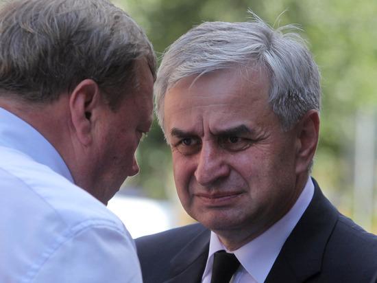 Силовые структуры в Абхазии переведены на усиленный режим из-за беспорядков