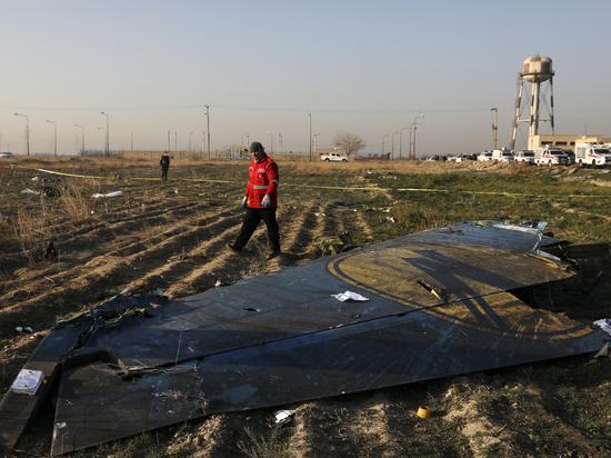 Эксперты назвали версии крушения украинского Боинга под Тегераном: провокаторы