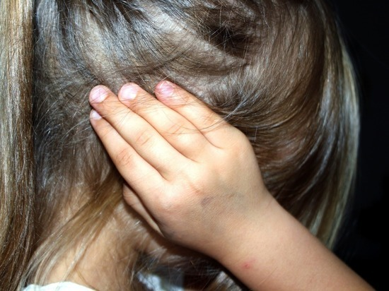 В Долгопрудном отчим развращал семилетнюю девочку несколько месяцев