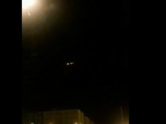 Опубликованы кадры возможного попадания ракеты в украинский Boeing
