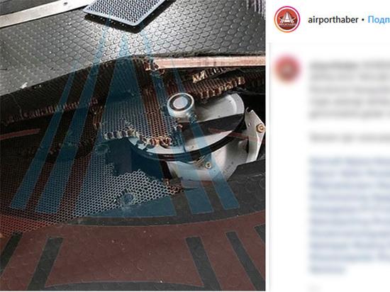 Жесткую посадку самолета Москва-Анталья объяснили двояко