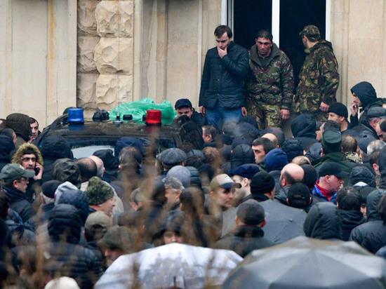 «Похищать оружие из администрации президента Абхазии смысла не было»