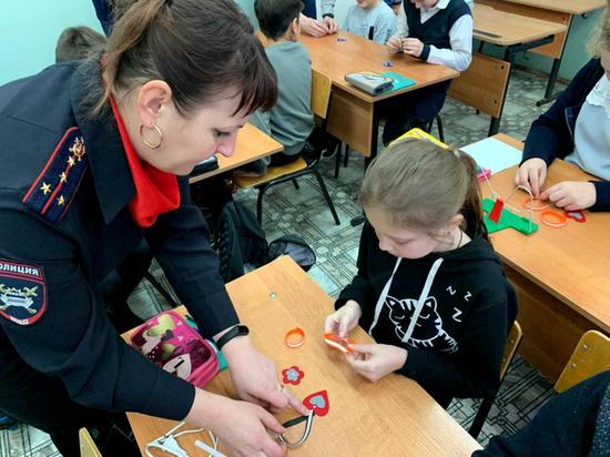 В мастер-классе от специалистов ГИБДД Приволжска приняли участие учащиеся школы № 12