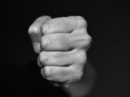 В Удмуртии задержали мужчиу, избившего полицейского
