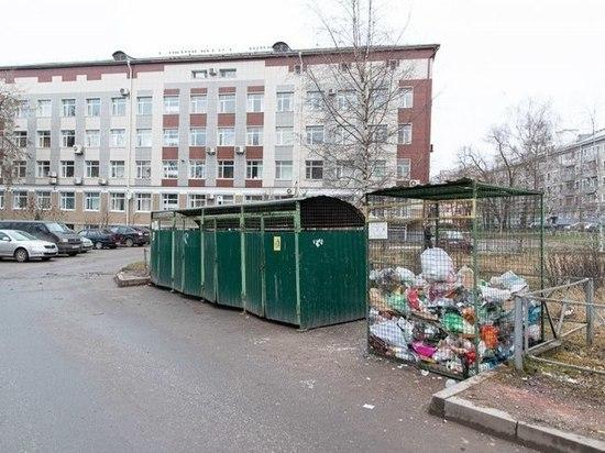 Псковичи пожаловались на плохую работу регоператора по вывозу мусора