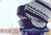 Маленькая москвичка помогает мальчику с ДЦП с Алтая встать на ноги