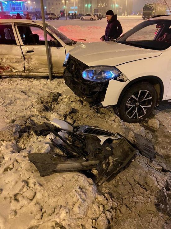 ГИБДД Хакасии поделилась фотографиями с места ДТП, в котором пострадал ребёнок