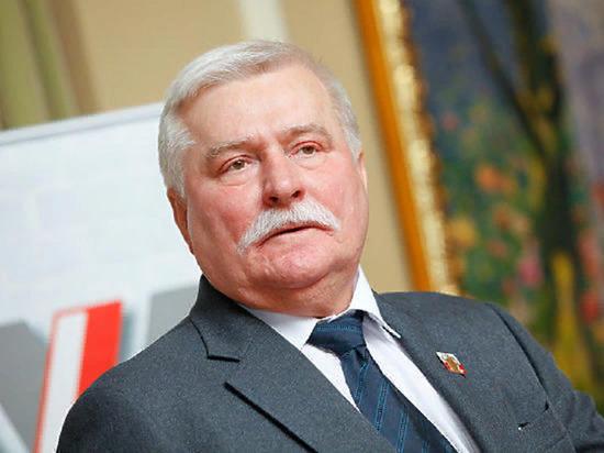 Валенса прокомментировал отказ Путину в посещении годовщины освобождения Освенцима