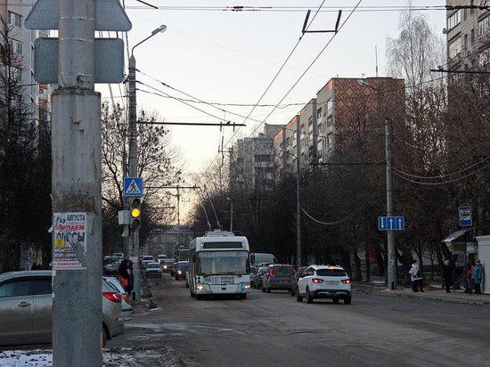 Калужанин скончался в троллейбусе