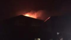 В Тверской области вспыхнула элитная гостиница: видео пожара