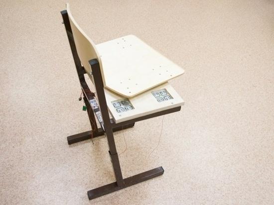 Российские ученые создали стул, который умеет следить за осанкой